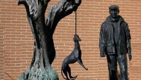 hanging-dogs