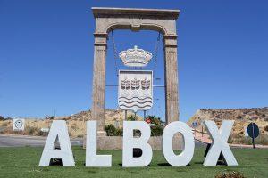 Albox news - Albox breaks population record