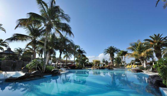 Enjoy luxury for less this winter - Hotel Jardines de Nivaria