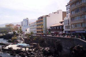 moving to Puerto de la Cruz