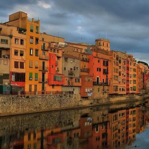 Moving to Spain   Go expat in... moving to Girona