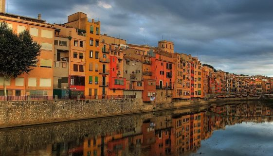 Moving to Spain | Go expat in... moving to Girona