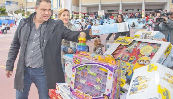 Gifts for the needy in Torremolinos