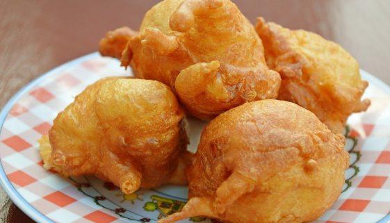 Buñuelos de queso recipe