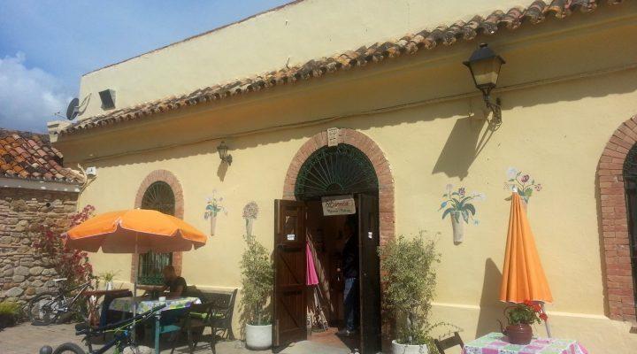 Esenia Café and Restaurant_