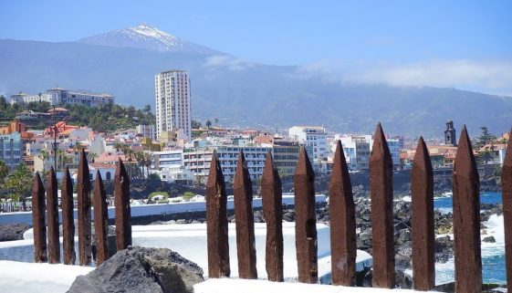 Brits visiting Tenerife to exceed 2 million for first time