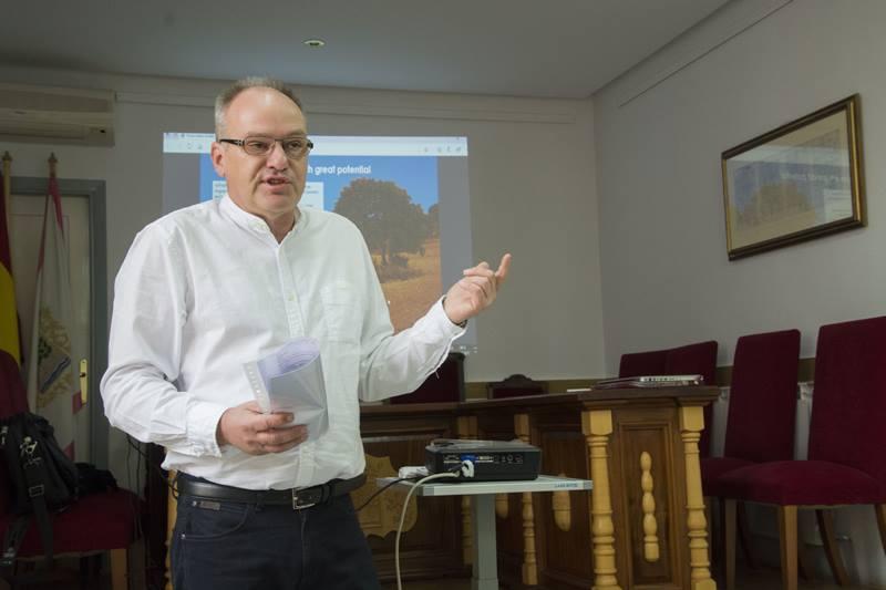 Dietmar Roth