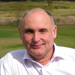 Leading British educational expert, Steve Molyneux, relocates to Fuerteventura