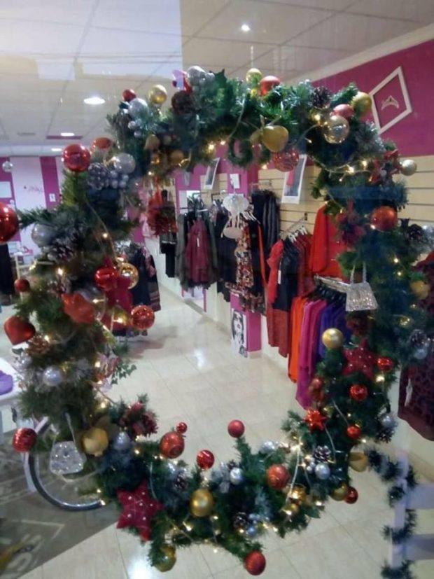 Christmas Wreath auction