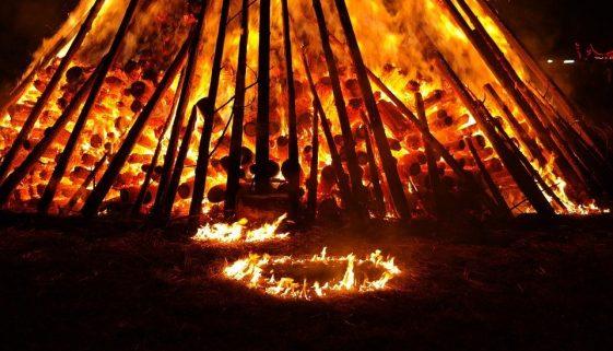 Bonfire night is in June in Adeje