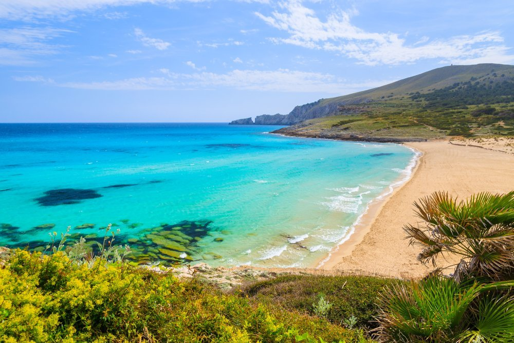 Best Southern Spain winter itinerary, plan your trip today - SANDY-BEACH