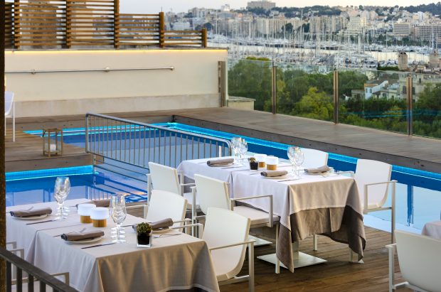 8 of the best rooftop bars in Palma de Mallorca this spring - Hotel Saratoga Skybar