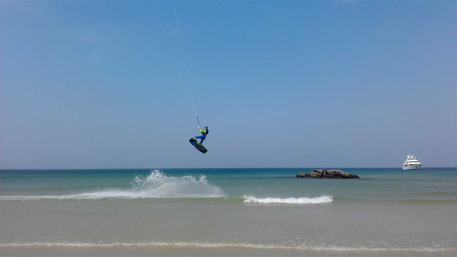 Kitesurfing near the Old Town, Tarifa