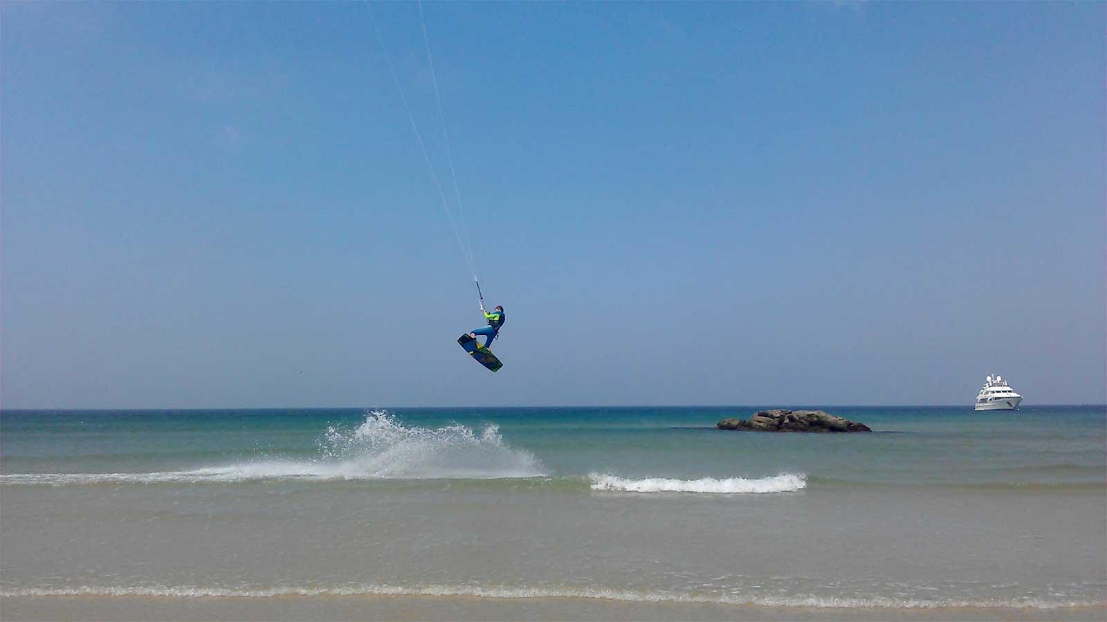 Kitesurfing near the Old Town, Tarifa