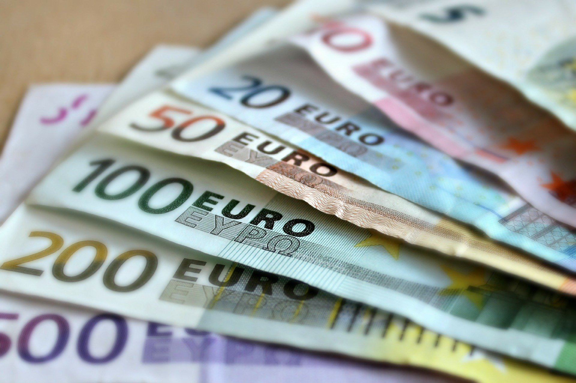Tips for exchanging Euros